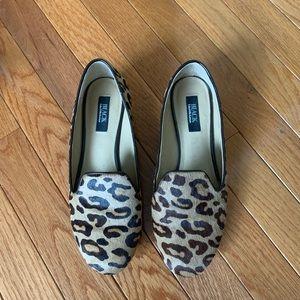 Leopard print faux hair gold heeled flats
